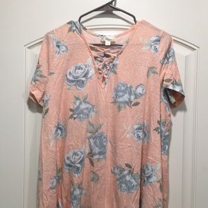 Floral criss-cross V neck tunic t-shirt